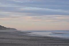 Plage nationale de bord de la mer de Cape Cod au coucher du soleil Photos stock