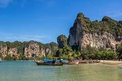 Plage occidentale de Railay dans la province de Krabi de la Thaïlande photo libre de droits