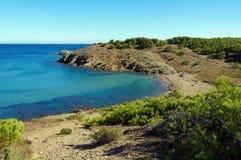 Plage paisible de la mer Méditerranée en Espagne Photo stock