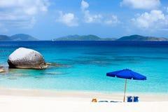 Plage parfaite de photo chez les Caraïbe Image stock