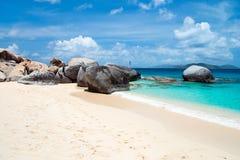 Plage parfaite de photo chez les Caraïbe Images stock