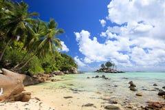 Plage parfaite en Seychelles Images libres de droits
