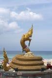 Plage phuket Thaïlande de karon de statue de Naga Photographie stock