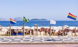 Plage pour des homosexuels sur Ipanema en Rio de Janeiro photographie stock