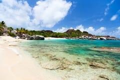 Plage renversante chez les Caraïbe Photo stock