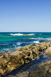 Plage rocheuse Images stock