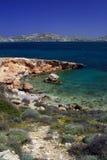 Plage rocheuse - Paros, Grèce Photo libre de droits