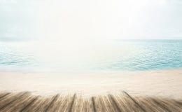 Plage rêveuse de sable de loney de plage d'été au temps de vacances d'été Image stock