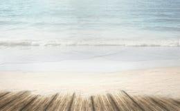 Plage rêveuse de sable de loney de plage d'été au temps de vacances d'été Photographie stock