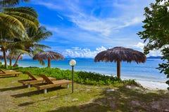 Plage tropicale à la La d'île Digue - Seychelles Photographie stock libre de droits