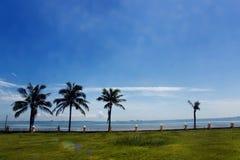 Plage tropicale, bord de la mer Photo libre de droits