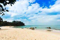 Plage tropicale de la Thaïlande, Patong Phuket Image stock