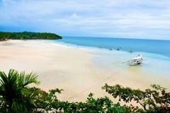 Plage tropicale de Philippines Photos stock
