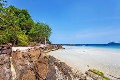 Plage tropicale exotique Photographie stock