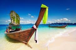 Plage tropicale, mer d'Andaman, Thaïlande Photo libre de droits