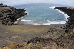 Plage verte de sable en Hawaï. Photographie stock libre de droits