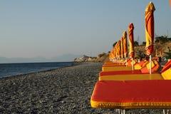 Plage vide d'été de la Grèce Photo stock