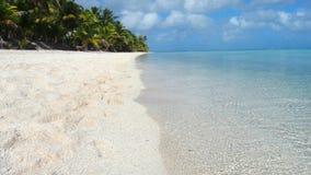 Plage vraiment blanche de sable dans le paradis Photo stock