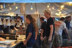 2015 Plainville Pożarniczej firmy gorącego powietrza balonu festiwal (CT) Zdjęcia Stock