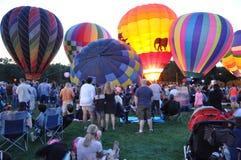 2015 Plainville Pożarniczej firmy gorącego powietrza balonu festiwal (CT) Fotografia Stock
