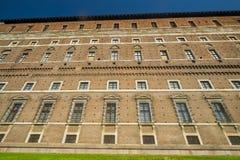 Plaisance : le bâtiment historique connu sous le nom de Palazzo Farnese images libres de droits