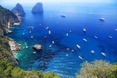 Plaisance sur la mer Méditerranée images stock