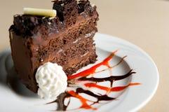 Plak van chocoladecake Stock Fotografie