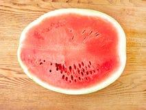 Plak van watermeloen op de lijst Royalty-vrije Stock Foto