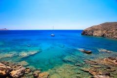 Plaka plaża w Greckiej wyspie Astypalea fotografia stock