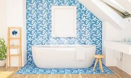 Plakatmodell auf Dachbodenbadezimmer lizenzfreies stockfoto