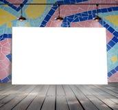 Plakatowa pozycja na mozaiki płytce z Podsufitową lampą Zdjęcie Royalty Free