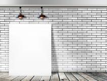 Plakatowa pozycja w Białym ściana z cegieł Obrazy Stock