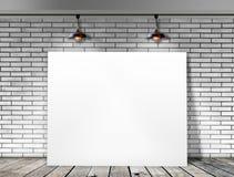 Plakatowa pozycja w Białym ściana z cegieł Zdjęcie Royalty Free