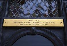 Plakette auf der Perücke und Pen Club in London Stockbilder