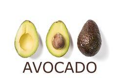 Plakken van avocado op witte achtergrond Geheel en de helft met bladeren Ontwerpelement voor productetiket Stock Fotografie