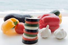 Plakken van groenten, tomaten, aubergine, knoflook, courgette, klok Stock Afbeelding