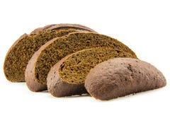 Plakken van zwart brood dat op wit wordt geïsoleerdG Royalty-vrije Stock Foto's