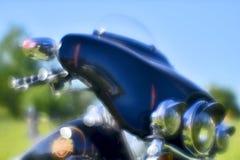 plama artystyczna Prz?d czarny motocykl Harley Davidson przy festiwalu spotkaniem lato Rosja, Kursk region, obrazy royalty free