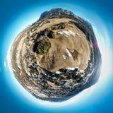 Planète minuscule de station de sports d'hiver célèbre Cortina d'Ampezzo, dolomites, Italie photographie stock libre de droits