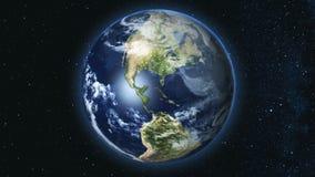 Planète réaliste de la terre contre le le ciel d'étoile Photo stock