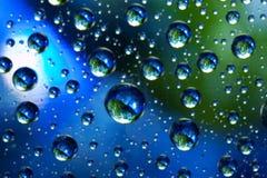 Planètes des bulles de l'eau Image stock