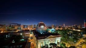 Planètes et la lune au-dessus des bâtiments historiques de Recife, Pernambuco, Brésil Images stock