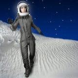 Planètes futuristes de l'espace de lune de femme d'astronaute Photo stock