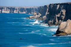 Planície do sul de Nullarbor dos penhascos de Bunda da baleia direita Fotografia de Stock Royalty Free