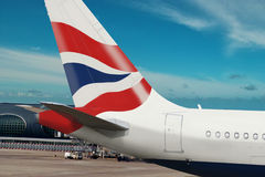 Plan de compagnie de British Airways sur l'aéroport. Image libre de droits
