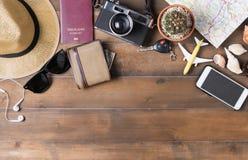 Plan de viaje, accesorios de las vacaciones del viaje para el viaje, Foto de archivo