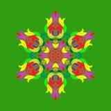 Plan design med abstrakta mångfärgade snöflingor som isoleras på grön bakgrund Vektorsnöflingamandala stock illustrationer