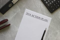 2018 plan działania papierowy, biurowe dostawy Zdjęcia Stock