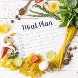 Plan et produits de repas images stock