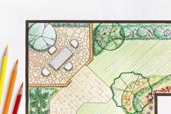 Plan för landskapsarkitektdesignträdgård fotografering för bildbyråer